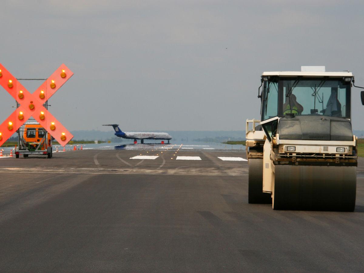 création piste aéroport