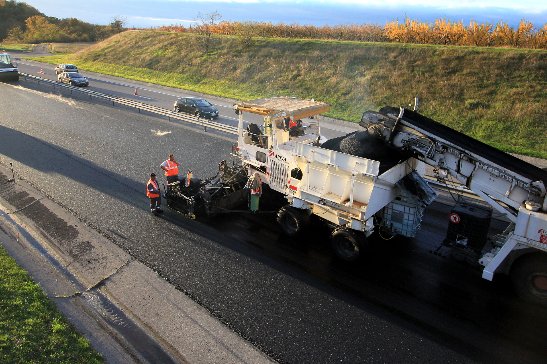 FR A49 motorway-rwelast alternative modified bitumen BmP